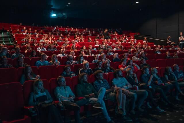 マッチングアプリで映画デートはリスキーすぎる理由4つ